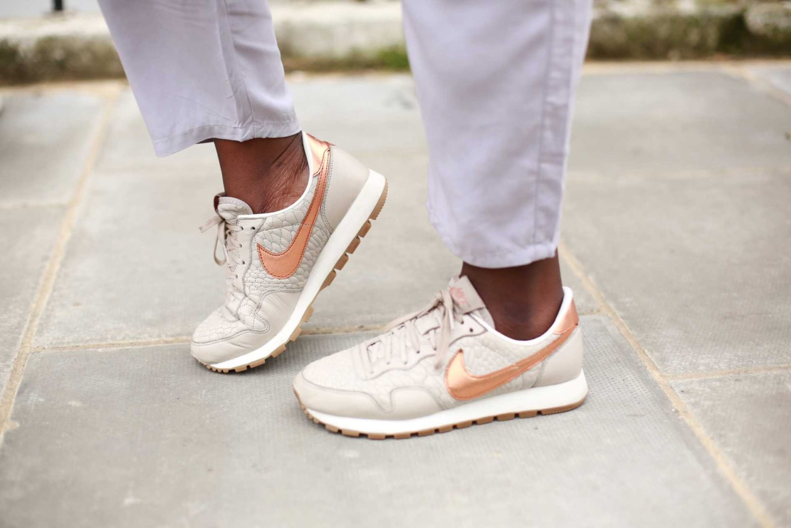 Nike Pegasus Rose Gold 2 - 6 Steps to Follow your Dreams - Style and the Sass