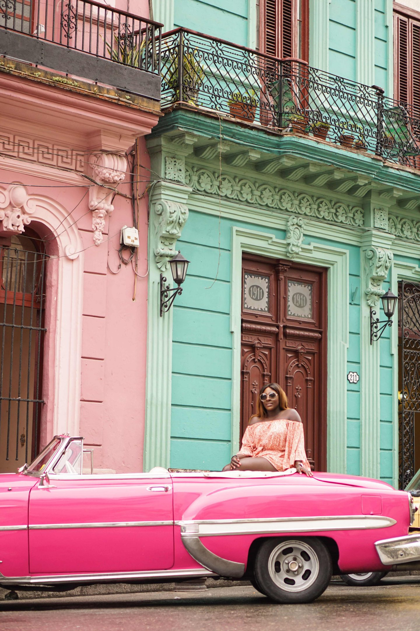A Girls Trip Guide to Cuba 1 - Back Streets - Style and the Sass