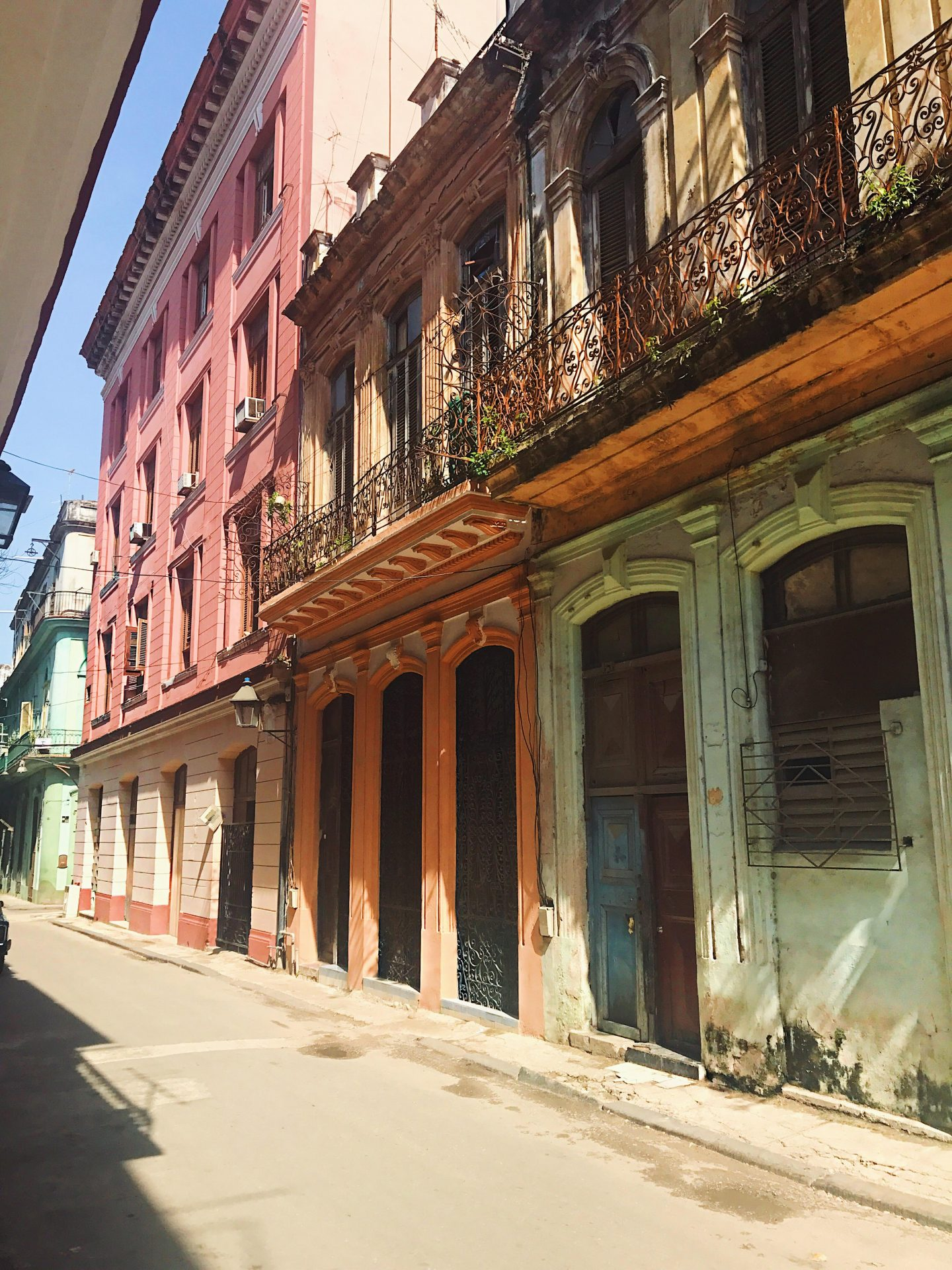 A Girls Trip Guide to Cuba 2 - Back Streets 2- Style and the Sass