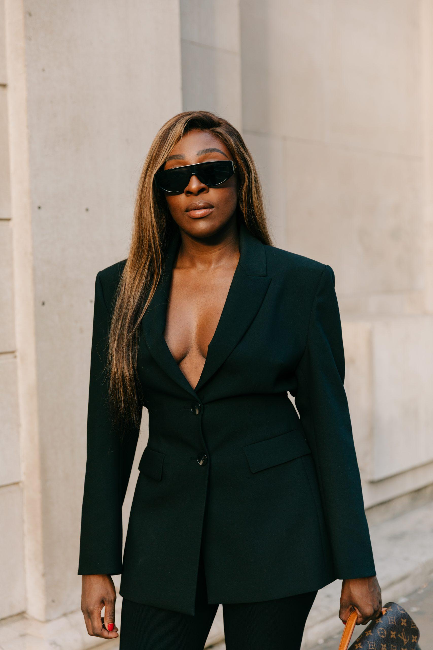 What is SEO? The Basics - Zara fitted blazer - Black blazer - Bottaga Veneta sunglasses- Tasha Antwi